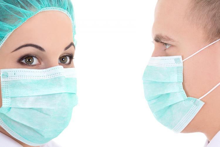 Clujenii și cei care tranzitează județul Cluj trebuie să poarte mască