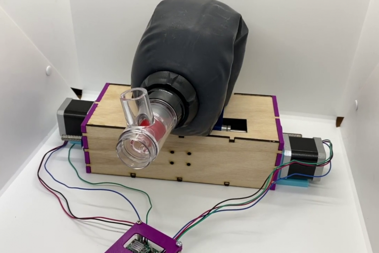 Un start up clujean construiește un ventilator pentru  situații de urgență. E nevoie de donații - VIDEO