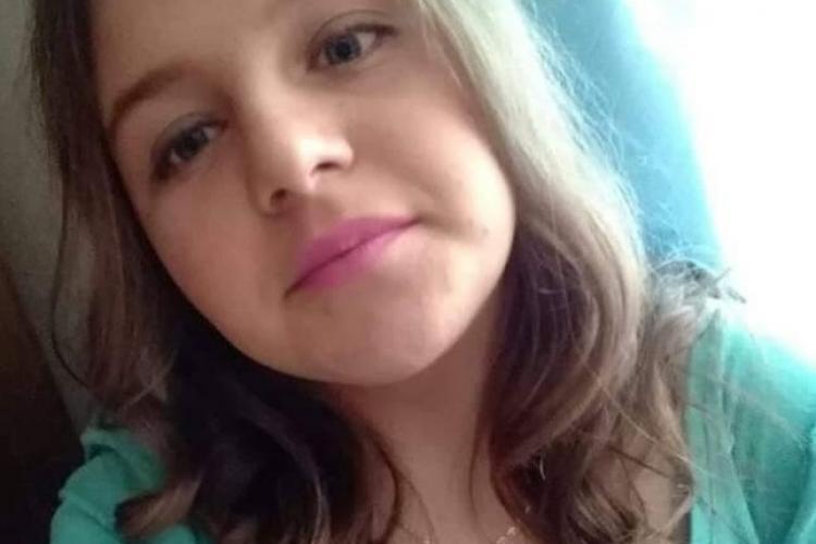 CLUJ: Minoră dispărută de acasă, căutată de polițiști! Ați văzut-o? FOTO