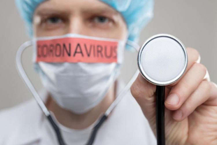 Întrebarea unui pacient către medicii revoltați de lipsurile din spitale: Acum frica de moarte vă revolta domnilor doctori?