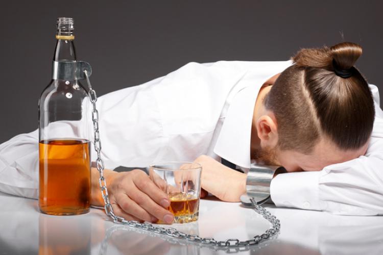 Carantina duce la creșterea consumului de alcool