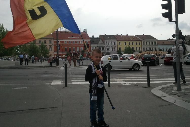 """Galeria U Cluj nu mai rezistă în carantină! A cântat """"Marșul Studenților"""" pe Facebook - VIDEO"""