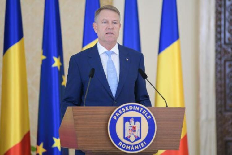 Klaus Iohannis: Noi luptăm cu pandemia, iar PSD se luptă în birourile secrete din Parlament ca să dea Ardealul ungurilor