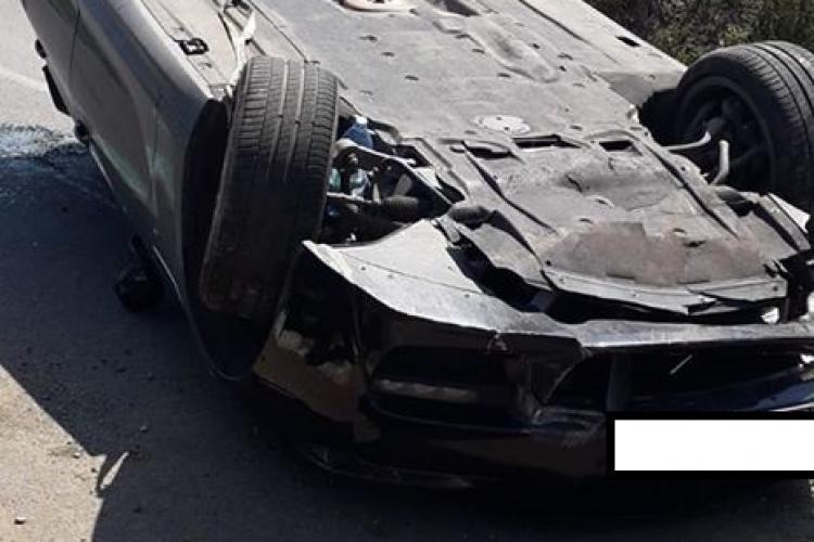 Circulația blocată pe centura Florești, după ce un șofer s-a răsturnat cu BMW-ul pe mijlocul drumului FOTO