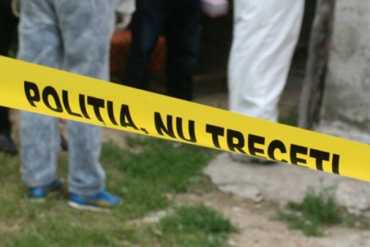 Caz șocant în Mănăștur! Un bărbat și-a găsit tatăl mort în casă, cu gâtul tăiat