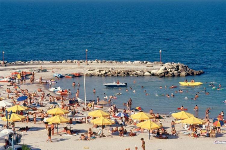 Sunt posibile vacanțele în Grecia, Malta, Spania și Italia? Ce spun ministrii turismului din Europa