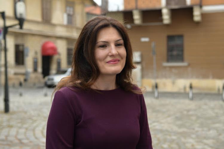 Scandal la Plus Cluj! Se cere demisia președintei Simona Cristea printr-o moțiune de neîncredere