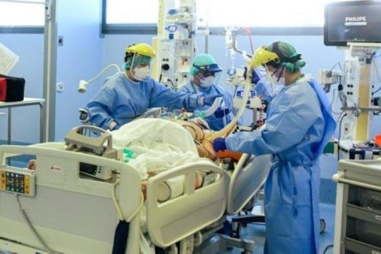 Medic REVOLTAT, bate obrazul colegilor medici: Avem 35 de colegi bolnavi. Medicii refuză să ne preia din cazuri și să ne ajute