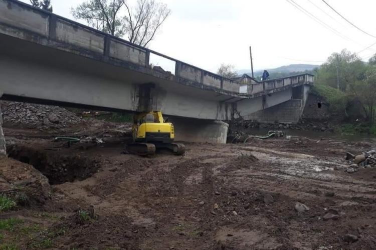 Dorel a surpat un pod de la Valea Drăganului, judetul Cluj - FOTO