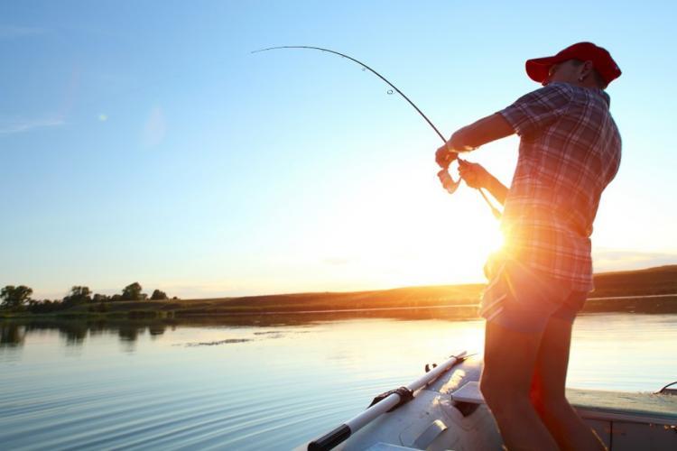După 15 mai e voie la pescuit și vânătoare