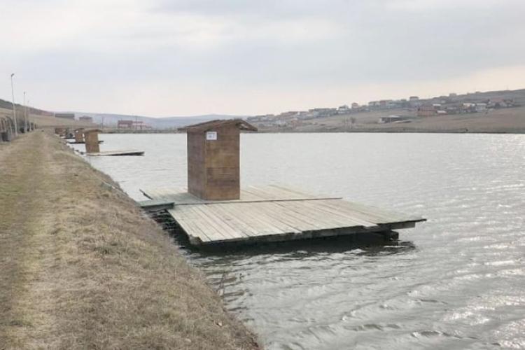 Liber la pescuit pe lacurile de la Câmpenești