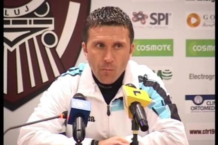 Minteuan dat afară de CFR Cluj din cauza banilor. Dan Petrescu e ULUIT