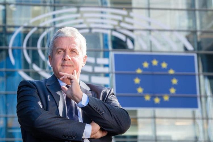 Daniel Buda: Fermierii primesc fonduri europene pentru a atenua impactul pandemiei de COVID-19 asupra sectoarelor agricole