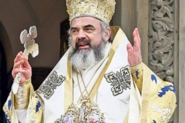 Patriarhul Daniel îi îndeamnă pe credincioși să participe la slujbe