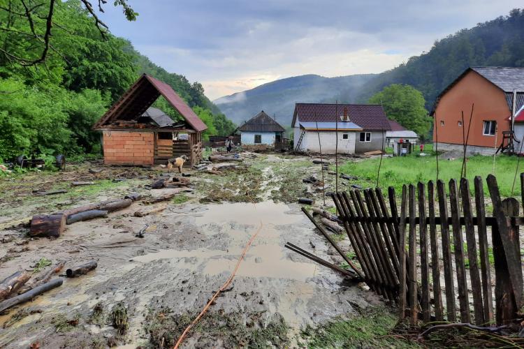 Inundații în județul Cluj, comuna Chiuiești - FOTO