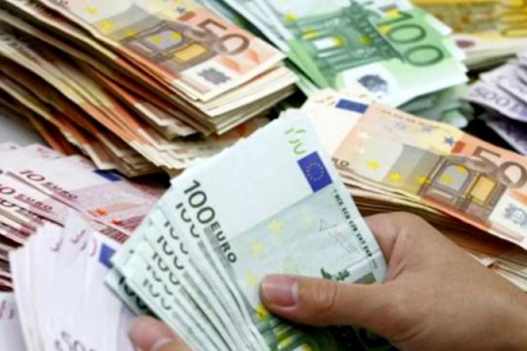 Hoață din Cluj prinsă într-un județ vecin. A prădat un bătrân de 9.400 de euro