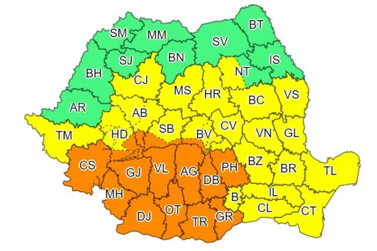 Aproape toată țara sub cod galben și portocaliu de furtuni. Care sunt cele mai afectate zone