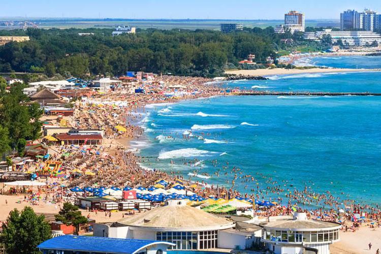 Zboruri din Cluj spre Constanța în această vară. Vor fi curse și din Timișoara și Oradea spre litoral