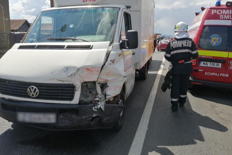 Accident în Florești, la intrare în cartierul Terra, soldat cu patru răniți - FOTO