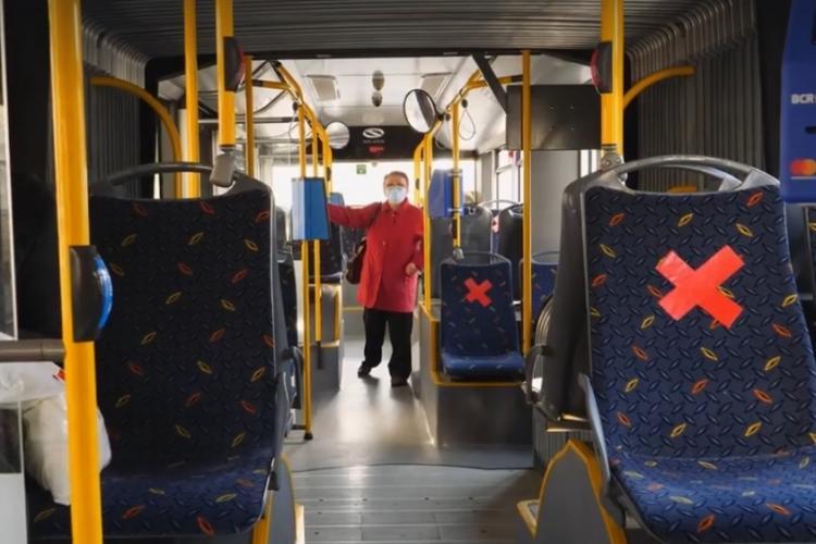 Emil Boc e fericit că e primar în Cluj și oamenii respectă regulile în autobuze