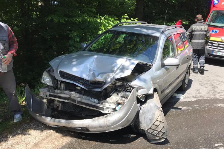 CLUJ: Accident cu două victime în Făget, cauzat de un șofer de 61 de ani - VIDEO și FOTO