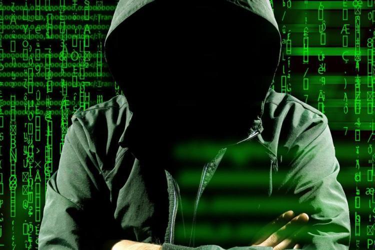 Hackerii își fac de cap la Cluj! Polițiștii au oprit un transfer bancar ilegal de aproape 12.000 de euro