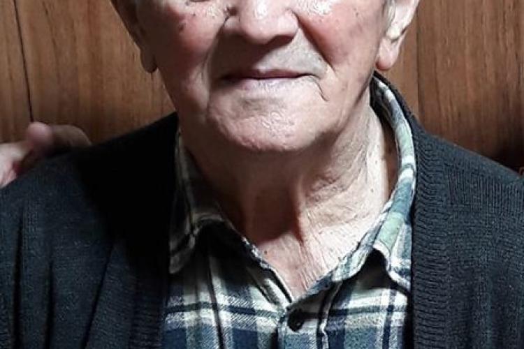 UPDATE: A fost găsit/ Bătrân pierdut în centrul Clujului! L-ați văzut? FOTO