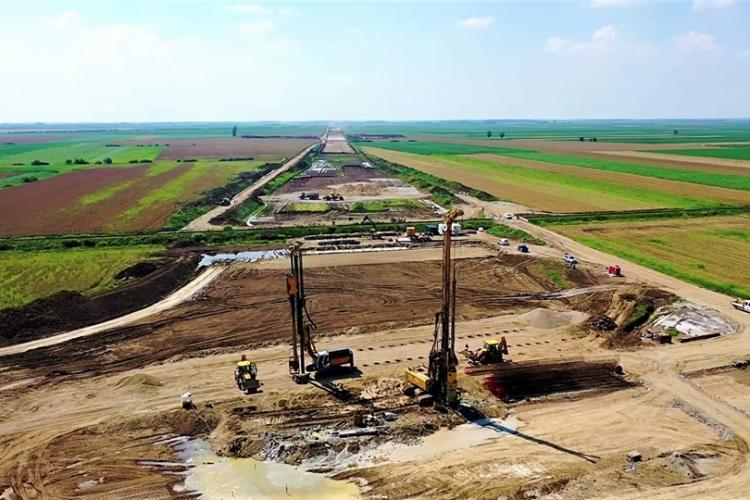 Românii întorși acasă, chemați să muncească la construcția de autostrăzi