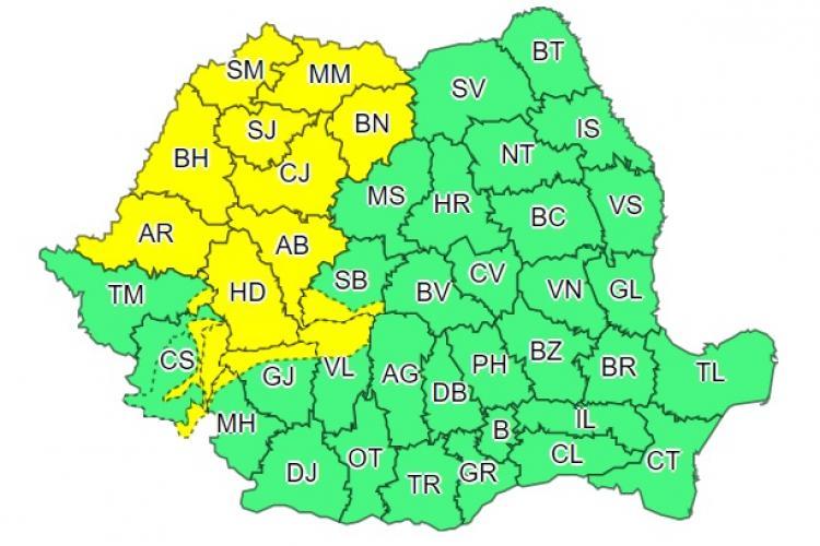 Nu scăpăm de vremea rea! Cod galben de ploi torențiale în Cluj și alte județe din țară