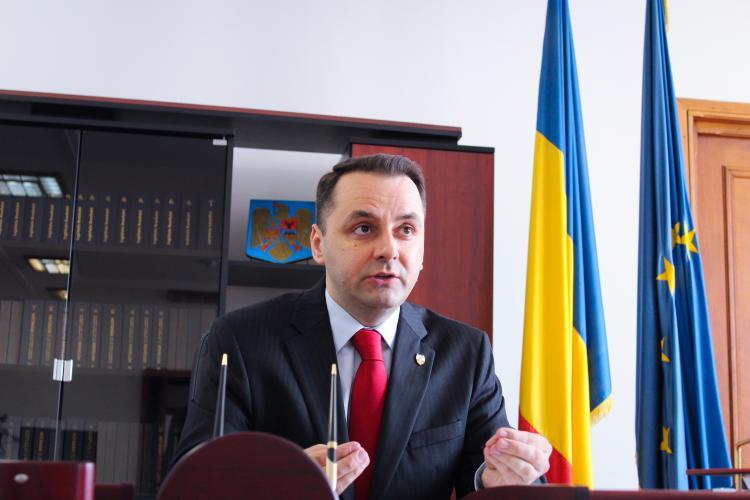 Senatorul Cristian Vasile Lungu explică de ce vrea să interzică identitatea de gen: Toaletele fetelor pot fi invadate de băieți care se cred fete?