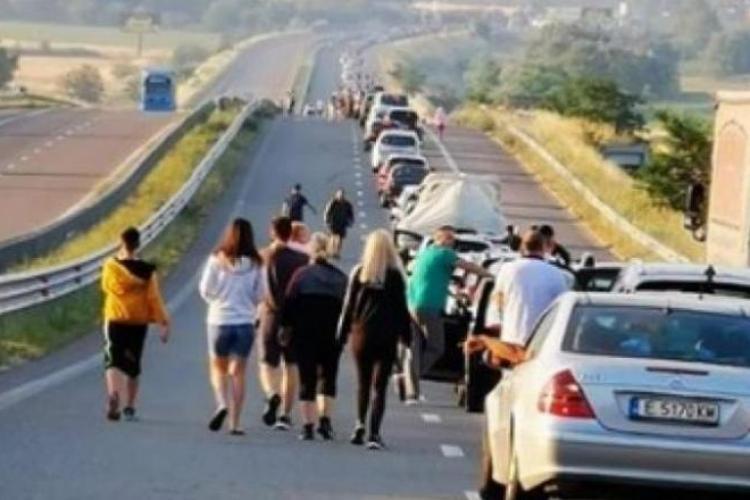Grecia va testa toți turiștii care intră în țară pe la o anumită vamă. Citește detalii