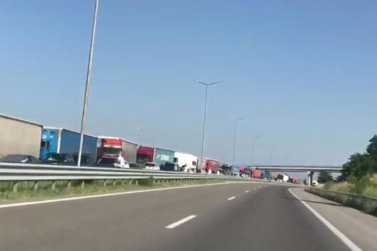 Flux special de intrare în Grecia pentru mașinile din UE. E haos la graniță