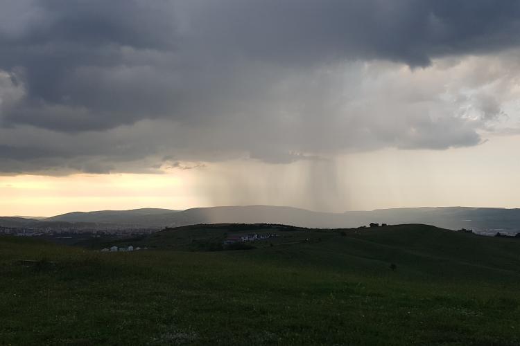 Anomalii meteo la Cluj! Ce a fost ciudat la furtuna de luni seara
