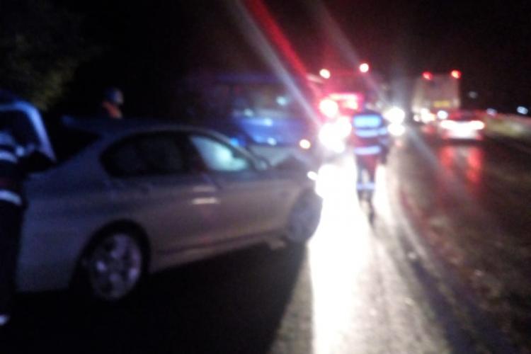 Accident între un microbuz și o mașină pe un drum din Cluj FOTO