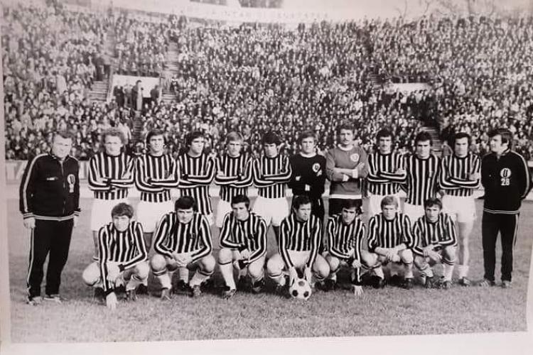 Cum au aruncat fanii U Cluj sticle de lapte după miliție în 1979, dezavantajați la meciul cu Sportul