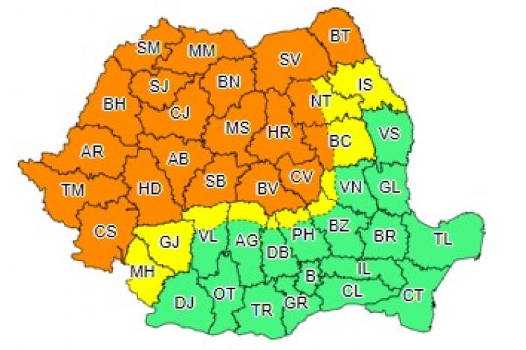 Mai bine de jumătate de țară sub cod portocaliu de furtuni! Clujul este afectat