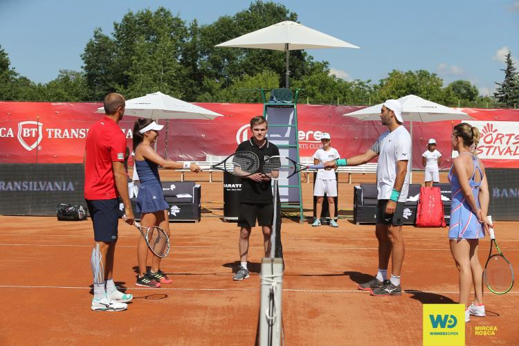 Simona Halep la Cluj, într-o rochie sport care a prins-o foarte bine. A câștigat meciul amical de dublu de la Winners Open - FOTO și VIDEO