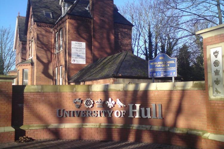 BT dă startul în competiția pentru trei burse la Executive MBA University of Hull în valoare totală de 30.000 de euro
