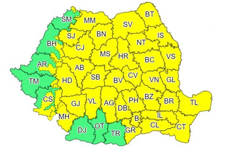 Cod galben de furtuni în Cluj și restul țării. Cât va mai ploua