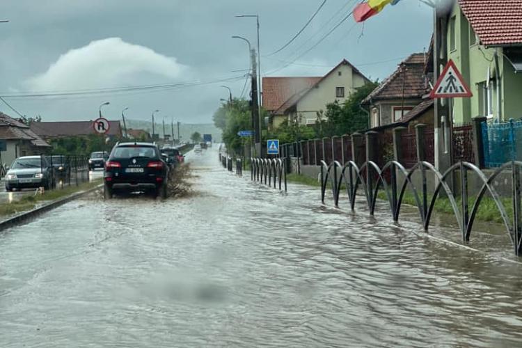Drumul Cluj - Turda este INUNDAT - FOTO