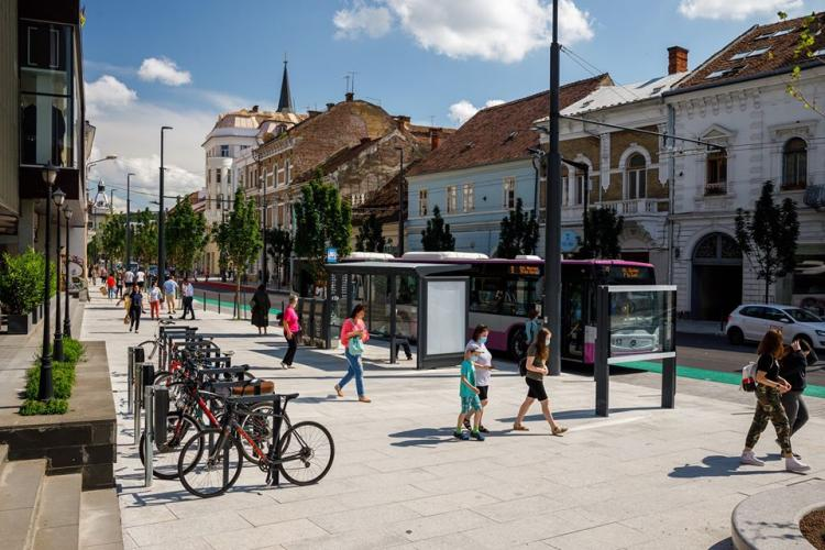 Cum a fost modernizată Strada Regele Ferdinand, cea mai veche din Cluj-Napoca, cu 23 milioane de lei - FOTO
