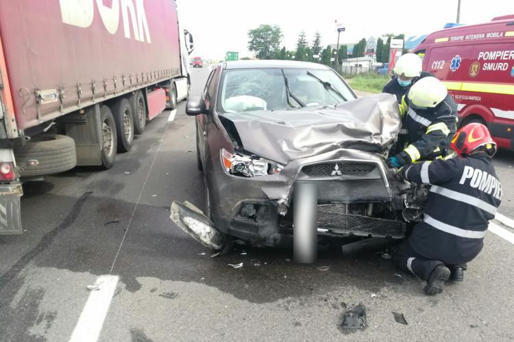 Accident cu trei victime la Vâlcele. O persoană e în stare gravă la spital FOTO/VIDEO