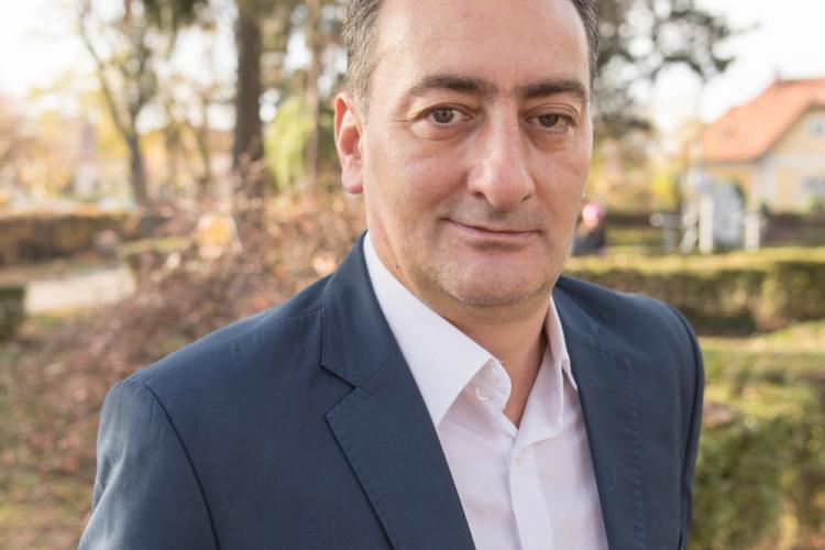 Țărănistul Călin Oancea, noul director interimar al fabricii de stat Clujana, numit în tăcere, fără concurs și fără acordul AGA - EXCLUSIV