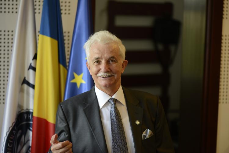 Apreciatul profesor și medic stomatolog Dorin Dumitru Borzea, omagiat de UMF Cluj - FOTO