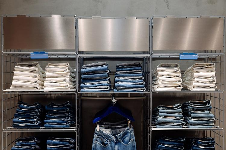 S-a deschis un nou magazin Calvin Klein Jeans la Cluj-Napoca