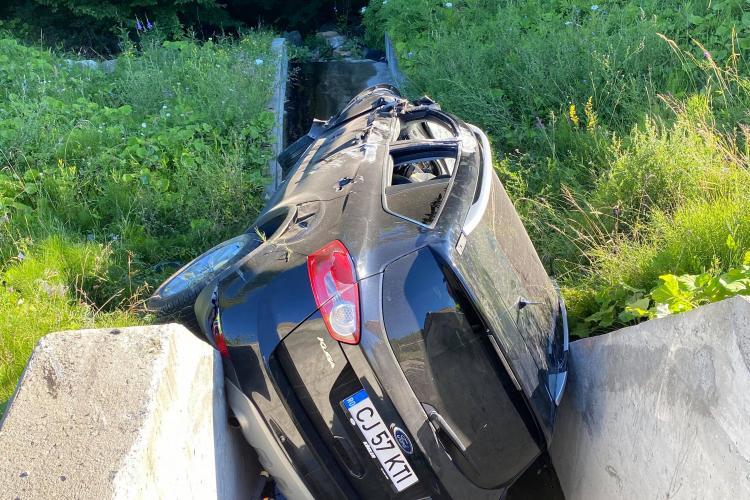 Accident pe centura Vâlcele - Apahida. A ajuns în rigolă - FOTO