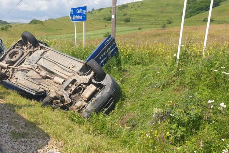Accident mortal la Mănăstireni! Un șofer a murit după ce a intrat în intersecție fără să se asigure FOTO/VIDEO