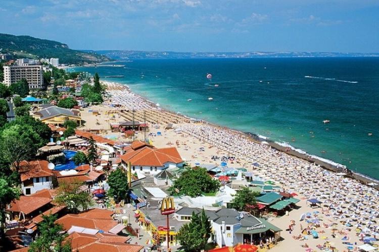Bulgaria reimpune restricții și închide barurile și discotecile. Capacitatea teraselor este redusă la jumătate