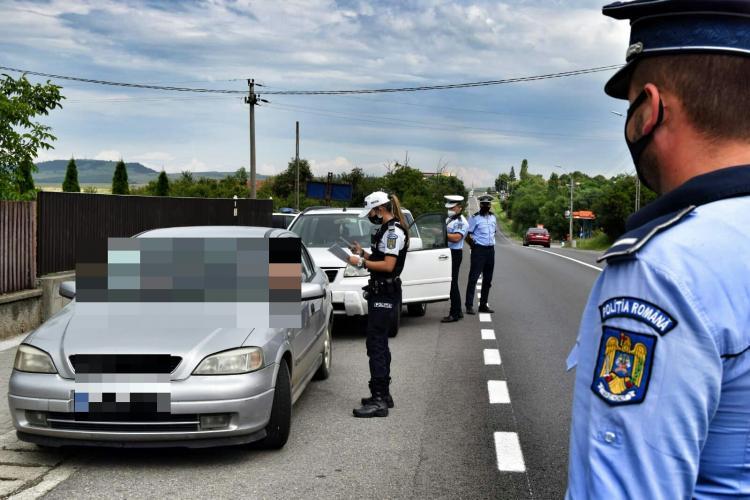 Razie de amploare la Huedin. Câte amenzi au fost aplicate de polițiști FOTO