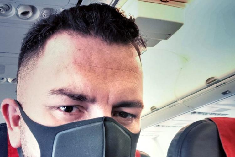 Chef Paul Siserman ameninta ca dă în judecată CFR Cluj, după ce a mers în același avion cu fotbaliștii cu coronavirus: MĂ NENOROCIȚILOR !!!! MĂ GUNOAIELOR!